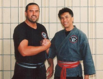 Si Gung Hubert Wolf mit seinem Lehrer Grandmaster Al Dacascos