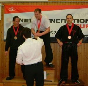 Thomas gewinnt die Klasse der über 35-Jährigen und verweist Sihing Jens Kurbjuhn, 1. Meistergrad und Sihing Matthias Schlakat, 3. Meistergrad, auf die Plätze 2 und 3